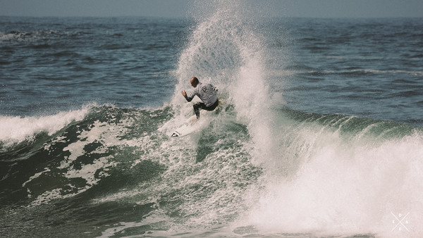 CN&CO &Surfing &Fashion – a dead reckoning